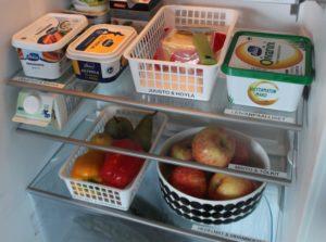 ruoat järjestyksessä jääkaapissa